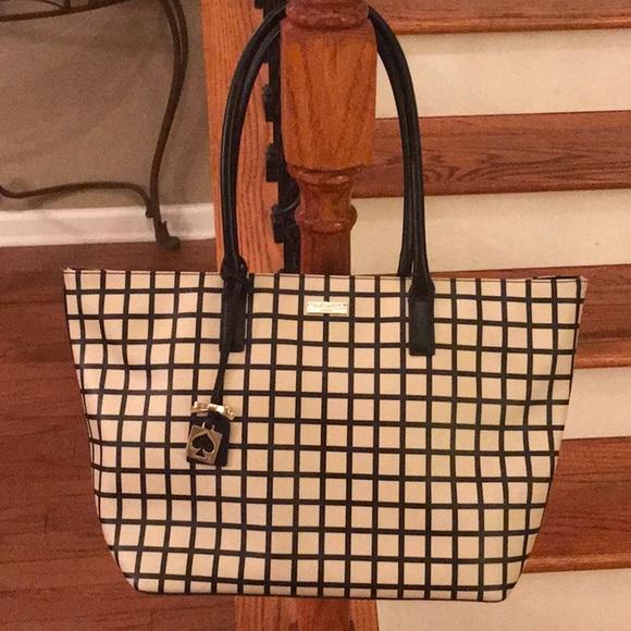 kate spade Handbags - HP! 🎉♠️Kate Spade checkered Saffiano leather tote